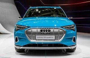 Read more about the article Audi e-tron vs Jaguar I-PACE – Electric cars